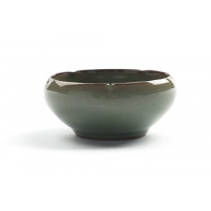 "Chinese Gong Fu Cha Tea Cup ""Turtle"", Crackled Green Celadon (55 ml)"
