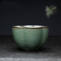 """Cuenco de té asiático """"Calyx"""", celadón con estructura craquelé"""